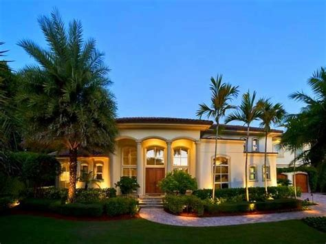 Florida Style Homes spanish style homes in florida with courtyard design ideas