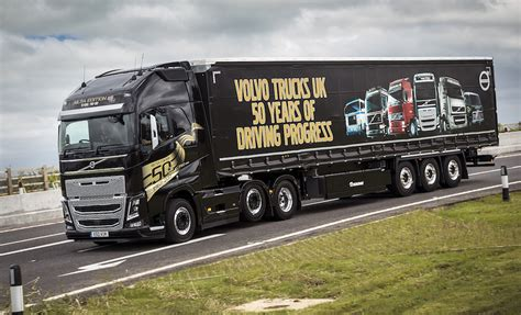 truck shows uk volvo trucks to attend retro truck events uk haulier