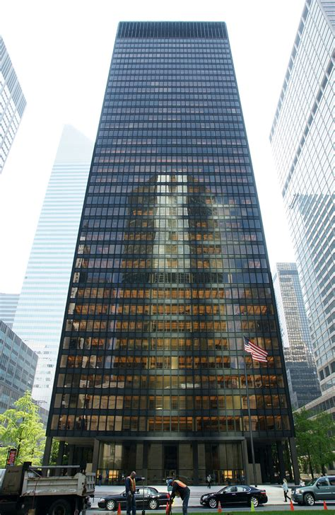 tower ny seagram building