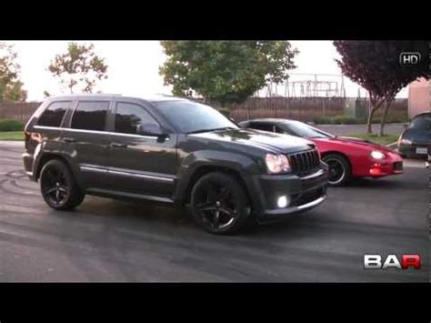 Jeep Srt8 Vs Mustang Gt Jeep Srt8 Vs 5 0 Mustang Funnycat Tv