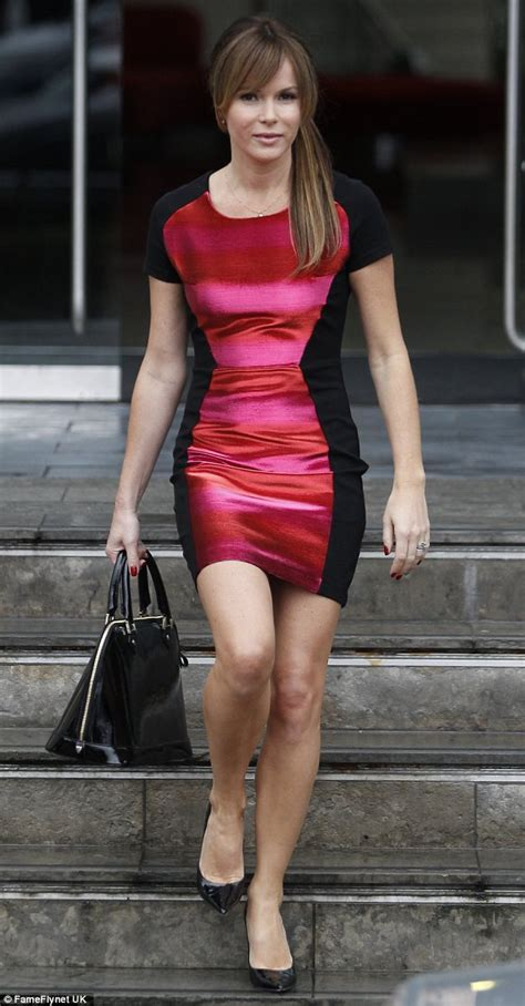 amanda holden tries luck in optical illusion dress