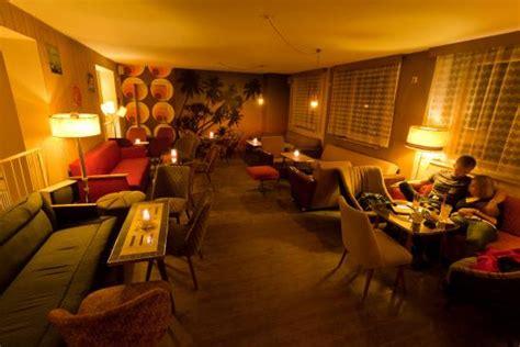 wohnzimmer restaurant wohnzimmer restaurant jordanstra 223 e 27 in dresden de