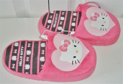 childrens bedroom slippers nwt girls hello kitty pink bow heart childrens bedroom