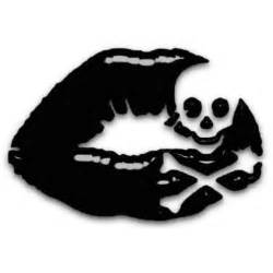 this would be a awesome small tattoo skull art
