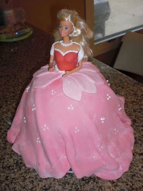 sleeping beauty cakes decoration ideas  birthday cakes