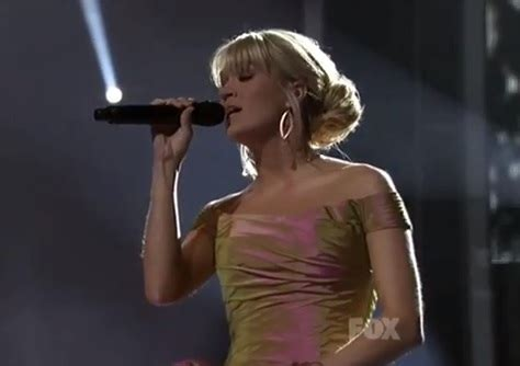 carrie underwood you raise me up pray for those affected by the boston marathon explosions