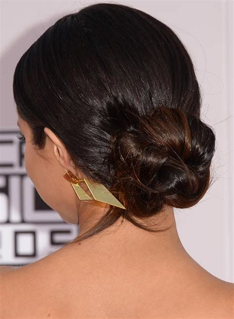 how to do a bun at the base of the neck simple hair buns for saree