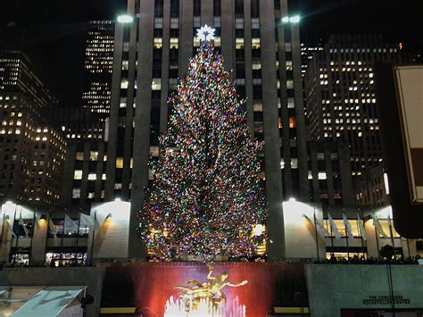 top 28 rockefeller center christmas tree address