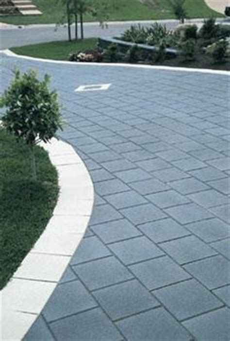 Patio Pavers Turning White 1000 Images About Driveway On Driveways