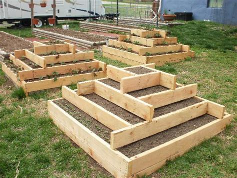 Raised Bed Designs by Strawberry Pyramid Pyramids Strawberries In Them