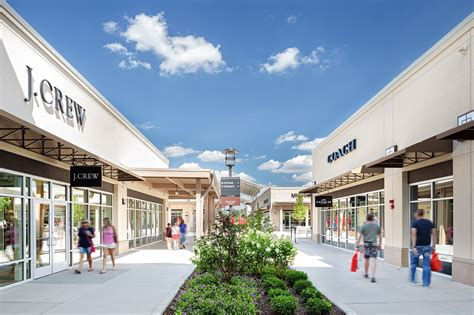 Chicago Property Records By Name Complete List Of Stores Located At Chicago Premium Outlets 174 A Shopping Center In
