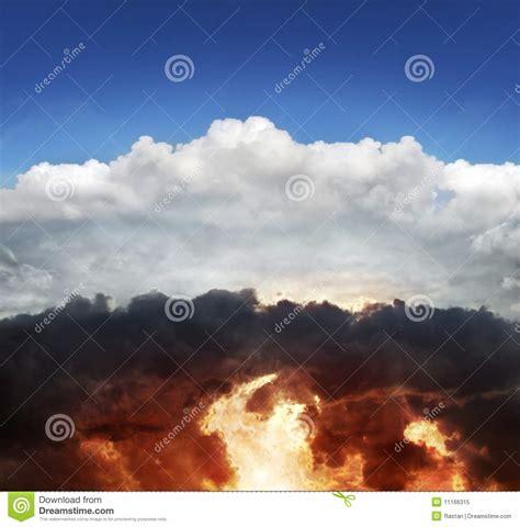 cielo e infierno 8415570120 cielo e infierno foto de archivo libre de regal 237 as imagen 11166315