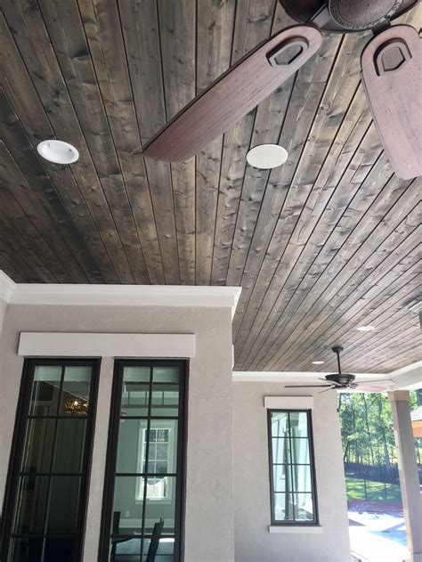 Exterior Ceiling Paint by 25 Best Ideas About Stucco Exterior On Stucco