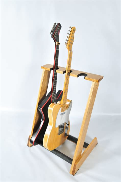 Tripod Gitar handcrafted wooden guitar stand from allwood stands