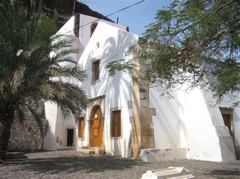 Ordinary Rio Verde Community Church #2: Igreja_Nossa_Senhora_do_Ros%C3%A1rio.jpg