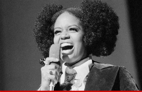 Which American Female Singer Died This Week | which american female singer died this week