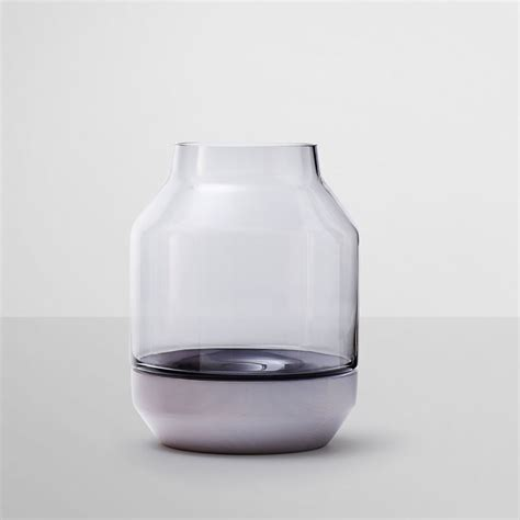 Muuto Vase by Top3 By Design Muuto New Nordic Muuto Elevated Vase Grey