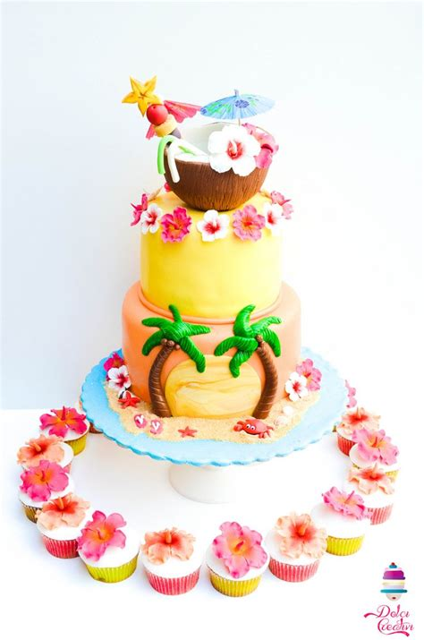 Hibiscus Flower Cake Decoration by 25 Best Ideas About Hawaii Cake On Hawaiian