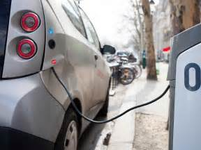 Electric Car Charging Stations Map Australia Electric Car Stealing Electricity Business Insider