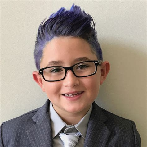2017 Student Boys Hairstyle Photos by Blue Haired 8 Year Boy Sent Home On Photo Day