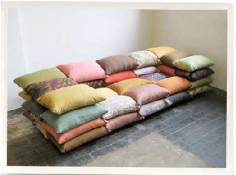 how to make sofa pillows design squish many pillows furniture design
