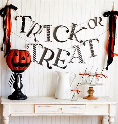 printable halloween decorations for the office how to throw a great kids halloween party yellow bliss road