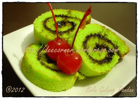 Loyang Lapis Surabaya Bolu Gulung recipe gallery deellicious s corner