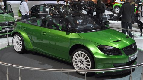 skoda fabia rs2000 photos photogallery with 9 pics