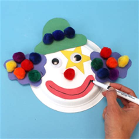 Clown Paper Plate Craft - paper plate clown craft project ideas