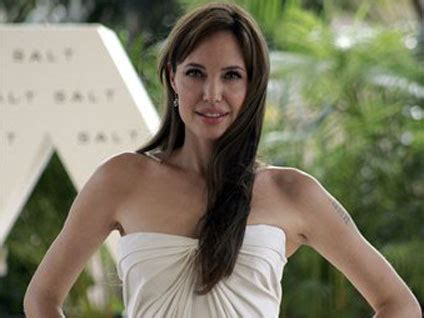 angelina jolie in cancun celebrity circuit pictures