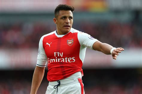 alexis sanchez inter alexis sanchez milan giants intensify talks to sign