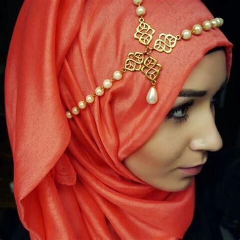 hijab accessories 25 ways to accessorize hijab with jewelry