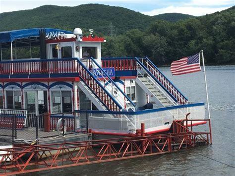 hiawatha river boat hiawatha paddlewheel riverboat spend a perfect day on
