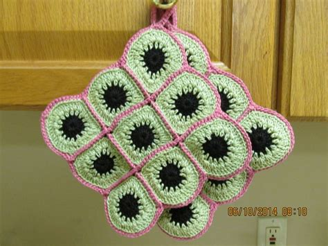 Handmade Pot Holders Patterns - handmade potholders from a pattern at annies attic called