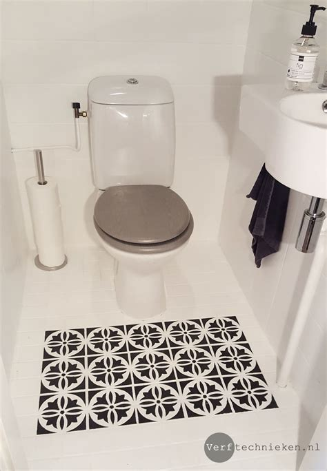wc tegels pimpen tegels in het toilet verven met abbondanza soft silk verf