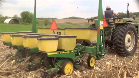 No Till Planters by No Till Corn Planting 2014 Yetter Schlagel Keeton