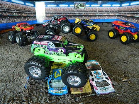 toy monster jam trucks for sale kidscreen 187 archive 187 spin master welcomes monster jam