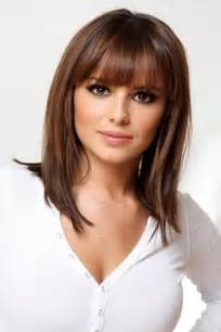 best 25 medium hairstyles with bangs ideas on