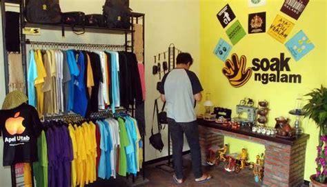 Kaos Kata Malang kaus bahasa walikan oleh oleh khas dari malang travel