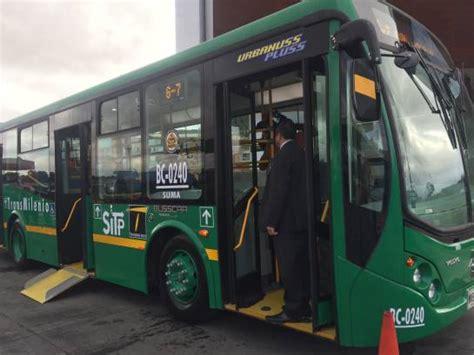 alimentadores en bogota entregan 106 nuevos buses alimentadores de transmilenio