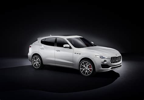 maserati levante wallpaper 9 maserati levante hd wallpapers backgrounds wallpaper