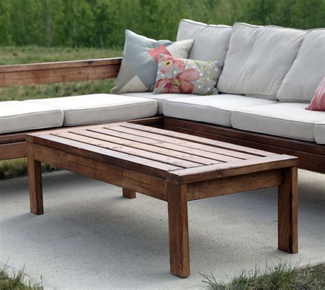 Outside Coffee Tables White 2x4 Outdoor Coffee Table Diy Projects