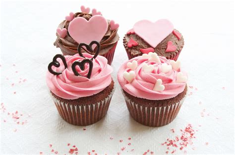 s day cupcakes valentines cupcakes cakes cake ideas by