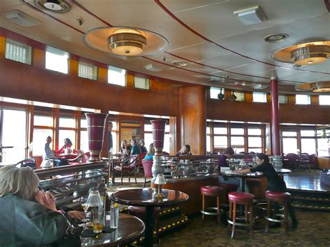 File:Queen Mary the Opulent Art Deco Observation Bar