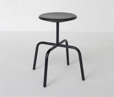 vs hocker atelier hau 223 mann herrenberger hocker stool
