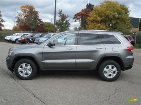 jeep cherokee grey mineral gray metallic 2013 jeep grand cherokee laredo 4x4