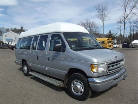 how things work cars 2002 ford econoline e250 seat position control sell used 2002 rear load ford e250 handicap van commercial use 4 1 wc great condition in exeter