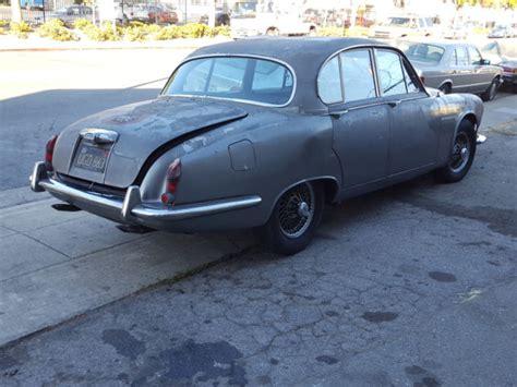 Jaguar Parts California Classic 1967 Jaguar 420 Sedan Black Plate California
