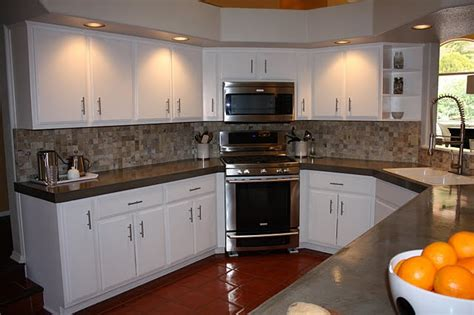 kitchen countertops and cabinets 1000 images about kitchen tile on pinterest
