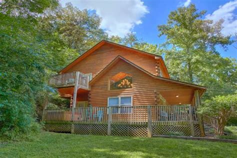pet friendly pigeon forge cabin pigeon forge family cabin
